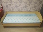 Кровати односпальные лево- и правосторонняя.
