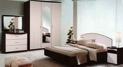 кровать+матрас +2 тумбочки