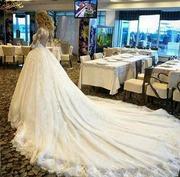 Шикарное свадебное платье.  Шлейф 7м. Р-р 40-42